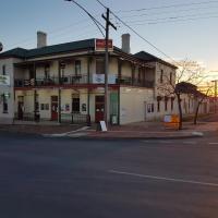 Orbost Club Hotel, hotel in Orbost