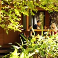Samurai Beach Bungalows - Port Stephens YHA, hotel in Anna Bay