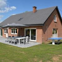 Villa with modern conveniences completely renovated next to a beautiful garden