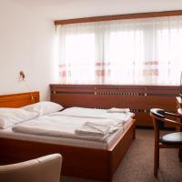 Hotel Druzba, hotel in Michalovce