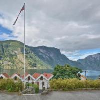 Vangsgaarden Gjestgiveri, hotel in Aurland