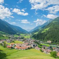 Das Bergland - Vital & Activity, hotell i San Leonhard in Passeier