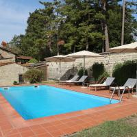 Cosy Holiday Home in Pelago with Swimming Pool, hotell i Donnini