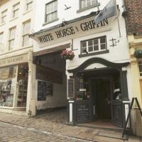 White Horse & Griffin