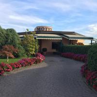 Hotel Motel Luna, hotel near Milan Linate Airport - LIN, Segrate