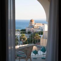 Est hotel, hotell i Santa Cesarea Terme