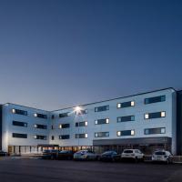 Hampton By Hilton Humberside Airport, hotel near Humberside Airport - HUY, Kirmington