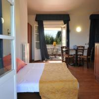 Holiday House Aurora, hotell i Cortona