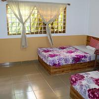 Garden Guesthouse, hotel in Kampong Chhnang