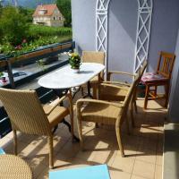 Bel appartement 2 pièces, balcon, garage gratuit