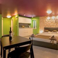 Annie's stone Studio & Room