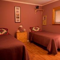 Bluenose Bed & Breakfast, hotel em Snow Lake