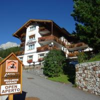 Hotel Zirmes, hotel a Moena