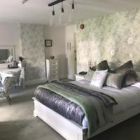 The Great House Hotel, hotel in Bridgend