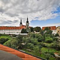 Hotel Questenberk, hotel in Hradcany, Prague