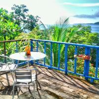 Tesoro Escondido Guest House, hotel in Bluff Beach