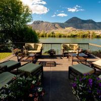 Riverland Inn & Suites, hotel em Kamloops
