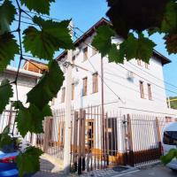 Мини-гостиница Августин, отель в Абрау-Дюрсо
