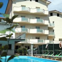 Hotel Roma Residenza, hotell i Cervia