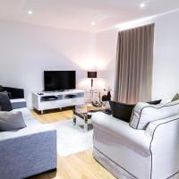 Surbiton Hills Apartment, hotel in Kingston upon Thames