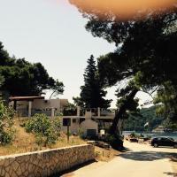 Apartments by the sea Cove Saplunara, Mljet - 4900, hotel in Saplunara