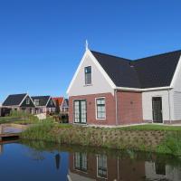 Luxurious Water Villa, hotel in Uitdam