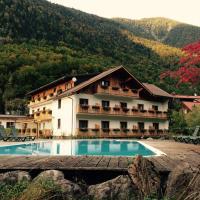 Seehotel am Hallstättersee, hotel in Obertraun