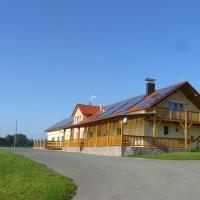 Pension Country Relax, hotel in Roupov