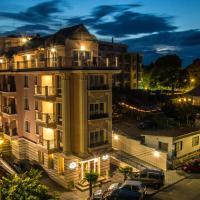 Sirena Palace Family Hotel, отель в Обзоре