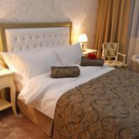 Hotel Roman by Dumbrava