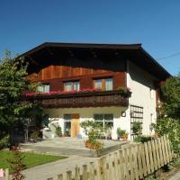 Ferienwohnung Zillertal - Haus Dichtl, hotel in Stummerberg
