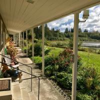 Quillayute River Resort, hotel in Forks