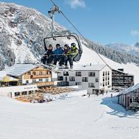 Hotel Steffisalp, hotel in Warth am Arlberg