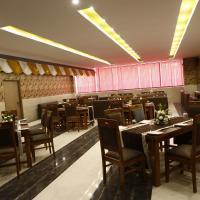 Cygnett Park Di-Arch, hotel near Chaudhary Charan Singh International Airport - LKO, Lucknow