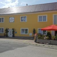 Pension Haus Nova, hotel in Wiener Neustadt