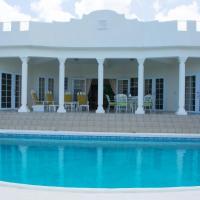 Castles In Paradise Villa Resort, hotel in Vieux Fort