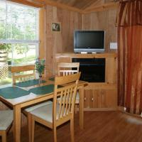 Robin Hill Camping Resort Premium Cottage 11, hotel in Lenhartsville