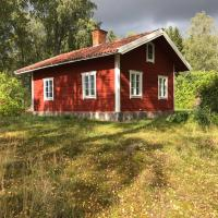 Oxelbacka cottage, hotel in Enköping