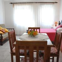 Apartamentos Campos 0, hotel in Porto Covo