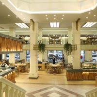 Golden Tulip Serenada - Boutique Hotel, отель в Бейруте, в районе Хамра