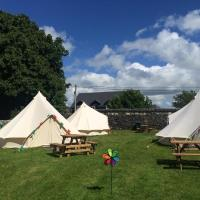 Cong Glamping, hotel in Cong