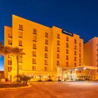 City Express Tijuana Otay, hotel cerca de Aeropuerto internacional de Tijuana - TIJ, Tijuana