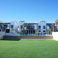 Apartment Oasis Beach La Zenia, hotel in Playas de Orihuela