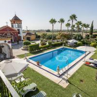 Casa de Campo en Sevilla en Los Palacios y Villafranca, hotel in Los Palacios y Villafranca