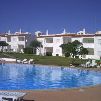 Apt com piscina em Alporchinhos, hotel em Lagoa