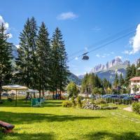Hotel Villa Rosella Park & Wellness, hotel a Canazei