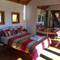 The Tree House, hotel em Alonnah