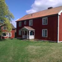 Historisches großes Holzhaus von 1860, Familienferienhof Sörgården 1, Åsenhöga, Granstorp, hotel in Granstorp