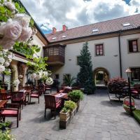 Hotel Octarna, hotel in Kroměříž