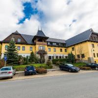 Valašský Hotel a Pivní lázně OGAR